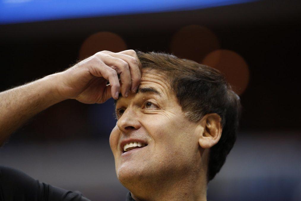 """Mark Cuban Inversor en """"Shark Tank"""" y propietario del equipo de la NBA Dallas Mavericks aprendió que cualquier limitación en el crecimiento personal esta auto-impuesta"""